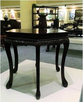 清乾隆紫檀六角拼桌-传统形制与工艺乃红木家具升值要素图片
